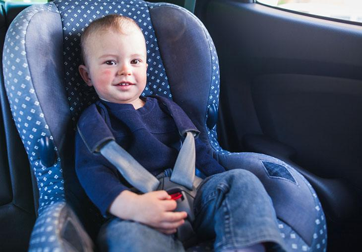 mifold booster seat safety reviews