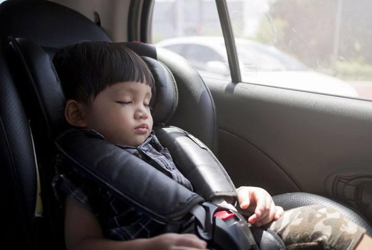 clek fllo car seat reviews
