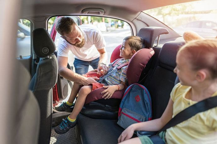 best narrow harness booster seat
